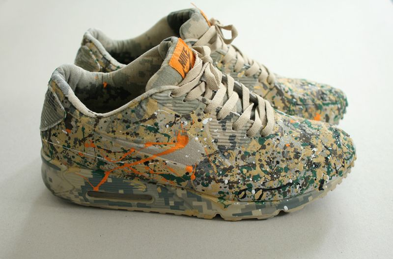 Painted sneakers Nike Air Max army