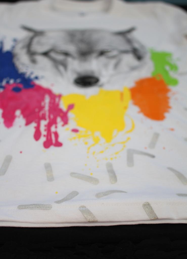 Ručne maľované tričko wolf