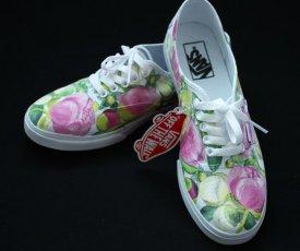 wedding shoes paeonies