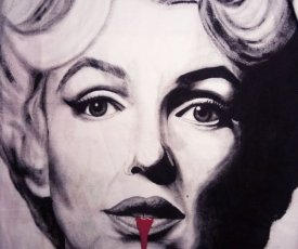 Painted T-shirt Marilyn Monroe blood