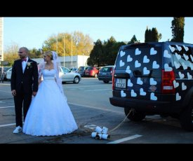 Wedding car T&M